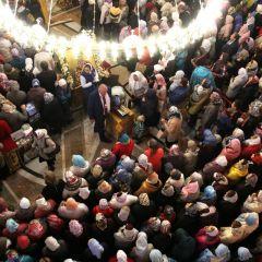 К мощам святого Спиридона приложились тысячи паломников со всей страны. Силы придал сам святитель мощи святителя Спиридона Тримифунтского