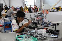 Участниками мирового чемпионата стали порядка 1300 молодых людей до 22 лет (в некоторых компетенциях — до 25 лет) из 63 стран.Все профессии важны, а рабочие нужнее WorldSkills Kazan 2019