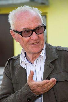 Али Хамраев:  Дочь заперла, сказав, что не выпустит,  пока не закончу сценарий  Чебоксарский международный кинофестиваль-2012