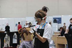 Для конкурса парикмахерам предоставили манекенов с роскошными волосами. Фото автораВсе профессии важны, а рабочие нужнее WorldSkills Kazan 2019