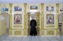 Фото Валерия БаклановаC верой в помощь храм Николая Чудотворца