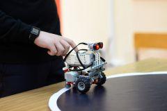 «Ростелеком»: начинающие робототехники из Чувашии спроектировали умные города Филиал в Чувашской Республике ПАО «Ростелеком»