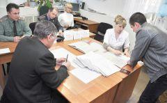 На заседании призывной комиссии. © Фото Анастасии ГРИГОРЬЕВОЙНа сборном пункте  условия походные призыв