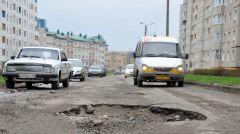 Фото Валерия Бакланова.Суд обязал городские власти отремонтировать дороги дороги