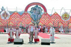 © Фото Валерия БаклановаВсечувашский акатуй День Республики-2013