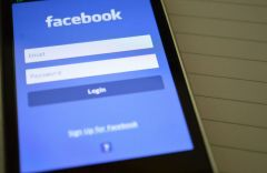 Facebook тестирует кнопку «ненравится»