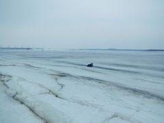 Фото ГУ МЧС по ЧувашииПоявились подробности спасения мальчика, ушедшего под лед в Новочебоксарске ГИМС