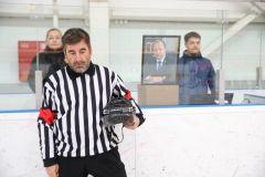 Товарищеский хоккейный матч в память о Сергее Шелтукове провели команды Правительства и Госсовета республики