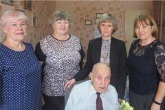 Ветеран Великой Отечественной войны Александр Иванович Иванов отметил 90-летний юбилей