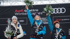 Эстонка Келли Сильдару, россиянки Анастасия Таталина и Лана Прусакова.  Фото http://www.fis-ski.comС бронзой из Новой Зеландии