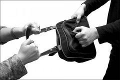 1285744456_grabitel.jpgПреступнику, нападавшему на девушек, дадут большой срок преступление