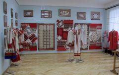 Чувашский костюм представят на выставке «Российский сувенир» в Париже национальный костюм Выставка международное сотрудничество