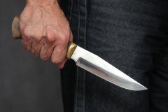 Многочисленные ножевые ранения стали причиной смерти 47-летнего мужчиныСудимый за изнасилование убил знакомого: приговор - 10 лет тюрьмы изнасилование убийство приговор