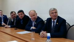 18812332_1900871946820490_5001366249414852608_n_cr.jpgДепутаты решают, кто станет главой администрации Новочебоксарска (видео)