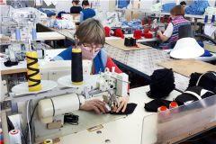 Швейная фабрика «Пике» запустила производство трикотажных масок маски коронавирус карантин защита