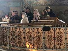 Молодежный хор поет в Соборе святого равноапостольного князя Владимира несколько раз в неделю.В молитве главное — душа