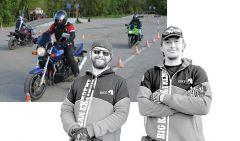 Знакомьтесь: 33-летний Андрей Мамаев, который ездит на байке с 14 лет, и 34-летний Александр Бардин, который оседлал мотоцикл уже в 9-летнем возрасте. Фото автораБайкеры пыхтели, но учились Хватит погибать на дорогах! байкеры