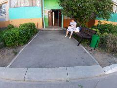 Найдите отличия: подъезды соседних домов по ул. Парковой...Когда качество хромает  Реализация нацпроектов Нацпроекты Комфортная среда