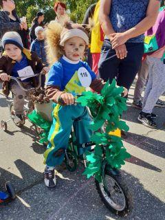 Обаятельный бельчонок Рома.Творцы нашего города День города Новочебоксарск-2019