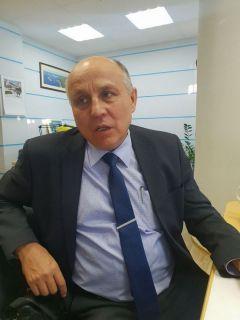 Николай Петров,  ответственный  секретарь приемной  комиссии ЧГУ.Готовь сани летом,  а поступление в вуз с осени