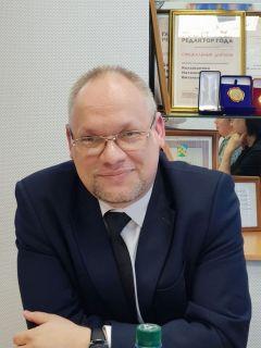 Игорь Комлев,  ответственный  секретарь приемной  комиссии РАНХиГС.Готовь сани летом,  а поступление в вуз с осени