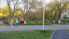 28 мая 30-летний велосипедист на этом тротуаре сбил ребенка 2015 года рождения.  Фото предоставлено прокуратурой Новочебоксарска.Велосипедист предупрежден и очень опасен Хватит погибать на дорогах! Возвращаясь к напечатанному