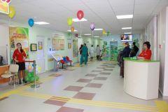 18 ноября 2015 года после капремонта открылась детская поликлиника. До неузнаваемости обновлен весь первый этаж — от входной группы до помещений внутри. Детская поликлиника к Новому году преобразится ремонт