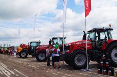 """Компания """"Тимер"""" представила  тракторы крупного американского производителя сельхозтехники и оборудования MasseyFerguson.Агросила Чувашии Хлеб насущный День поля Чувашии-2018"""
