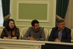Директор НИЦ ПАО «Химпром» Юрий Ефимов поздравил призеров олимпиады ЧувГУ по химии Химпром