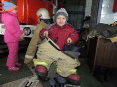 Вот это размерчик! Фото из архива детского садаБыть пожарным —  это круто! детсады