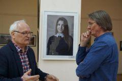 В.Макаров и В.Проворов на выставке.  Певец родной природы  фотохудожник Выставка Владимир Макаров