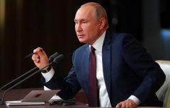 Владимир ПутинБольшая пресс-конференция Владимира Путина начнется в 12.00 Президент России Владимир Путин