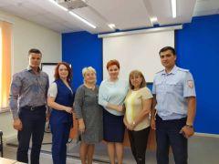В Новочебоксарске за круглым столом обсудили вопросы безопасности детей на дорогах города Круглый стол Безопасность