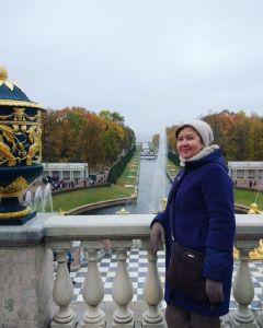Здесь, в Петергофе, особенно остро чувствуешь силу, мощь и красоту России.Познать невозможно. Можно только наслаждаться и удивляться Тропой туриста Поехали!