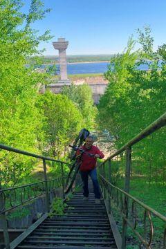 Александр ТихоновГидроэнергетики Чебоксарской ГЭС подержали Всероссийскую акцию  «На работу на велосипеде» РусГидро