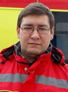 Алексей СМИРНОВРискуют жизнью  ради пары килограммов рыбы рыбаки поведение на льду
