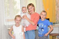 Анна Куракова с детьми.Большой маленький мир семья Грани счастья