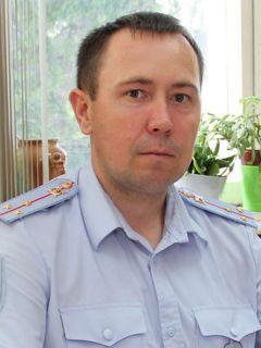 Авдей Ятманов, старший государственный инспектор безопасности дорожного движенияКонструкция по закону Хватит погибать на дорогах! Рейд