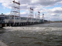Фото http://www.cheges.rushydro.ruВ половодье ГЭС работает  на полную мощность Чебоксарская ГЭС паводок ОАО «РусГидро»