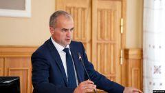 Алексей ЛадыковГлава администрации Чебоксар сложил свои полномочия в связи с завершением срока контракта Алексей Ладыков