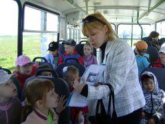 DSC03979.JPGНа экскурсию  на троллейбусе троллейбус
