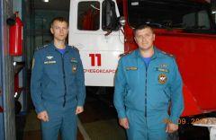 Начальник ПЧ-11 Василий Кирин (справа) и его заместитель Дмитрий Салтыков. Фото автораГерои огненного рубежа Человек труда
