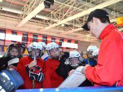 Работа над ошибками с ребятами 11 - 12 лет.Где рождаются рыцари клюшек и шайб хоккей ХК Сокол СДЮСШОР № 4