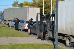 Судебные приставы в Новочебоксарске наложили арест на два автомобиля, неплательщики могут лишиться машин судебные приставы