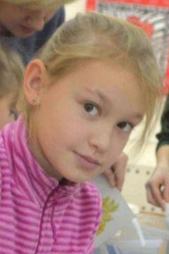 9-летняя Лера Карпец, учащаяся 6-й гимназииЛунная соната гончарного круга Ночь искусств