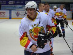 Депутат Госсовета ЧР Юрий Попов.Хоккей на высшем уровне  хоккей