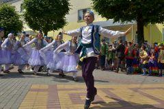 Чувашию закружил вихрь татарского танца.В этом вся наша Россия. Федеральный Сабантуй собрал в Чувашии представителей разных народов России Федеральный Сабантуй Моя Держава