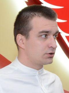 Евгений Кормаков, тренер СШОР № 4Школа по хоккею:  нацпроекты пришли и к нам