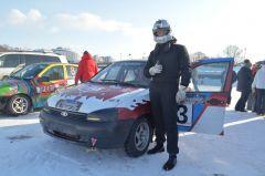 17-летний Даниил Слепов занял два первых места.Горячий лед, автомобили и дамы Волжский трек автогонки