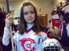 Daria_doch_cr.jpgСемья — хоккейная команда семья Международный день семьи